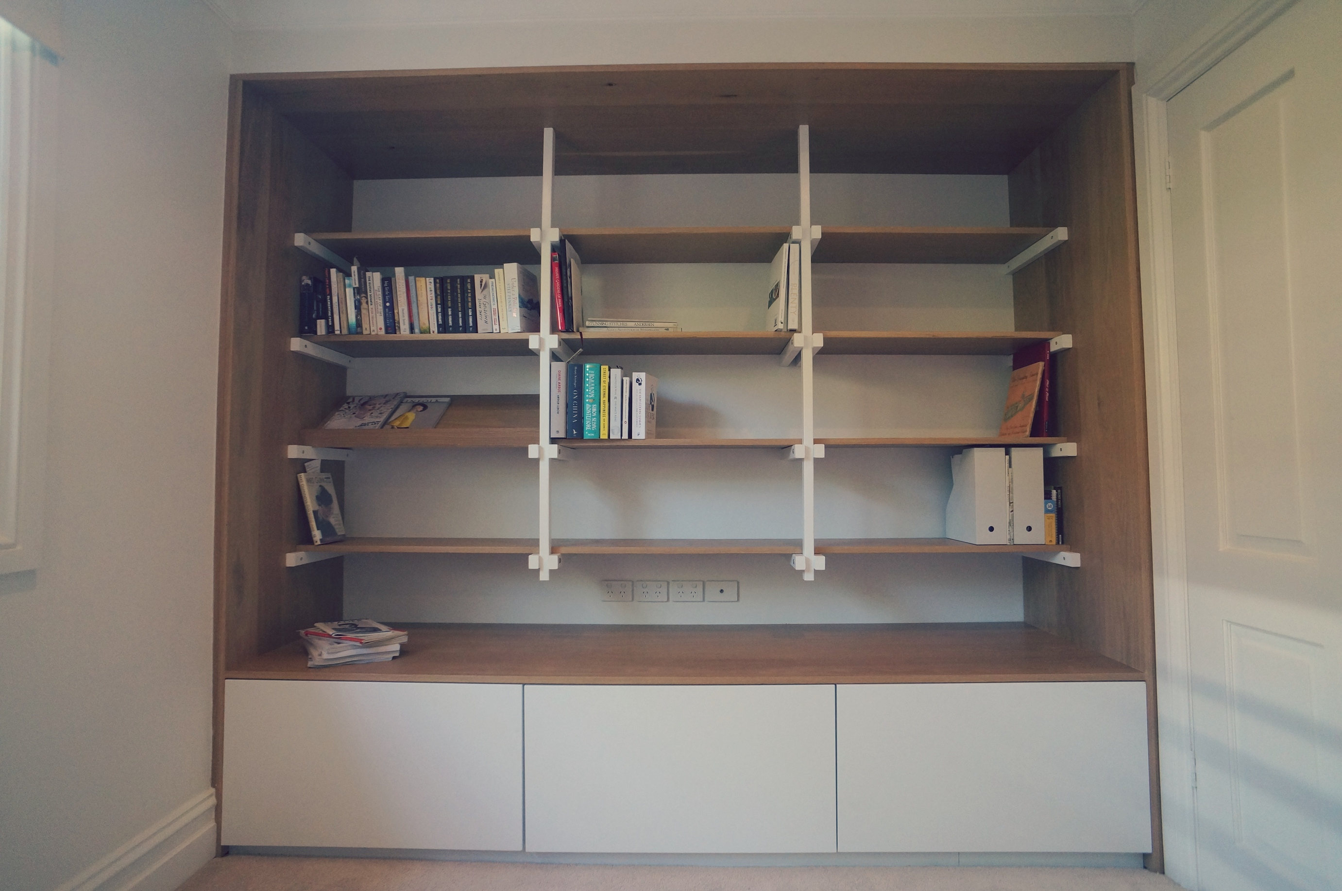 bookshelf 03