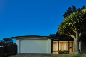 balmoral architecture buck and simple screen garage entry