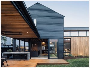 buck and simple torquay house architecture black timber kitchen